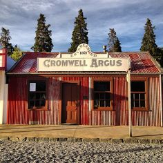 The nifty little 'burg of Cromwell. It's not a postcard, just a view of the old town. New Zealand. New Zealand Art, New Zealand Travel, Rarotonga Cook Islands, Long White Cloud, Central Otago, Kiwiana, Holiday Accommodation, The Beautiful Country, South Island