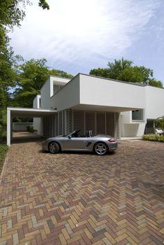 Clijsters Architectuur Studio have designed a villa in Bilthoven, The Netherlands.