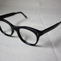 60's British N.H.S Eye Glass(Flame) - イギリス(ヨーロッパ)のヴィンテージ古着・雑貨の通販 FUTURE DAYS  メガネデビュー