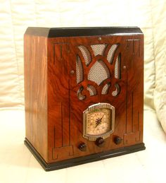 Old Antique Wood Aircastle Vintage Tube Radio - Restored & Working Tombstone. eBay auction ends tonight at 10:30 eastern!