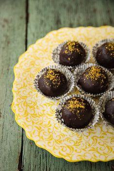 Dolce Fooda: Homemade Mozart Chocolate Balls (Mozartkugeln, Mocart kugle)