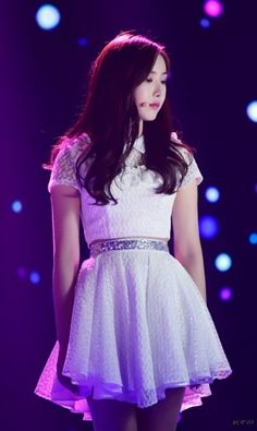 South Korean Girls, Korean Girl Groups, Sinb Gfriend, Kpop Outfits, Stage Outfits, Fan Picture, Ulzzang Couple, G Friend, Haute Couture Fashion