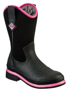 These Hot Pink Arctic Adventure ladies Muck Boots really do make a