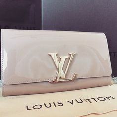 Louis Vuitton Handbags 2015 Hot Sale, LV Handbags Outlet Save 50% For You, Louis Vuitton So Cheap! Discount Site From Here, Check It Out. #Louis #Vuitton #Handbags
