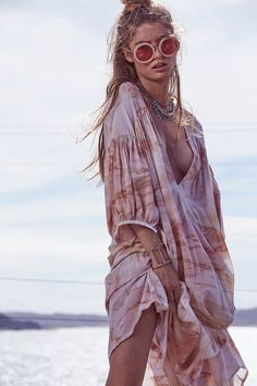 Women's fashion brand Cleobella's summer '16 ranges in pretty boho pieces from rompers to flory maxi dresses, tie dyes and tribal embroidery and more.