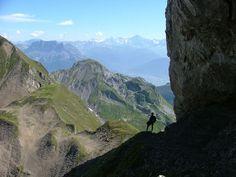 http://www.buscounviaje.com/ficha/krimmlertal-un-trek-en-el-tirol--102348 Buenos días viajeros! Empezamos con un trek que recorre algunos de los paisajes más hermosos del Tirol