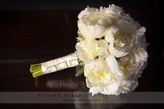 all white bridesmaid bouquets