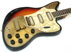 Vintage & Rare Guitar of the Week: 1963 Framus Strato Deluxe sunburst