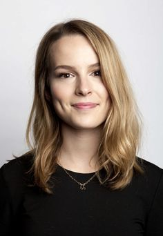 bridgit mendler blonde скачать