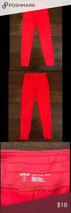 Aerie red fleece lined jogger leggings