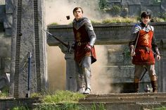 A gallery of The Chronicles of Narnia: Prince Caspian publicity stills and other photos. Featuring Anna Popplewell, Ben Barnes, William Moseley, Skandar Keynes and others. Narnia Prince Caspian, Skandar Keynes, Narnia Cast, William Moseley, Edmund Pevensie, The Faceless, Georgie Henley, Strange Tales, Film Movie