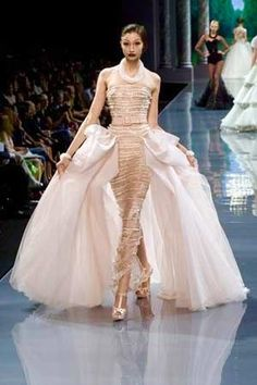 Versailles Garden — notordinaryfashion: Christian Dior Haute Couture