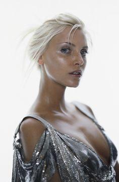 Nadja Auermann by Versace 1994