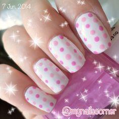 Nail art polka dots white purple pink FOLLOW @mynailscorner on instagram!!!!