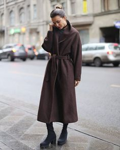 839 отметок «Нравится», 7 комментариев — Черешня (@chereshnya_dress) в Instagram: «Шерстяное пальто-халат Черешня представлено в шоколадном, рыжем и травяном цвете. Модель over-…»