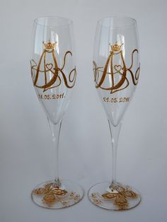 and painted personalized glasses wedding flutes theme -Royal initials