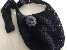 De Strooisteek of Bloksteek - Breiclub. Free Crochet, Knit Crochet, Crochet Hats, Make Your Own Clothes, Produce Bags, Craft Bags, Knitted Bags, Crochet Accessories, Beautiful Crochet