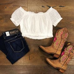 Shop This Complete outfit online or in store Country Girl Outfits, Cute Cowgirl Outfits, Cowboy Boot Outfits, Southern Outfits, Western Outfits, Cowgirl Boots, Western Wear, Adrette Outfits, Rodeo Outfits