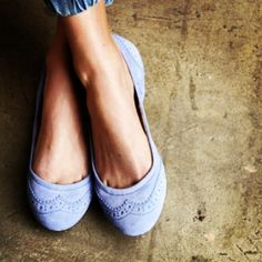 Light Periwinkle/Lilac Flats in Suede