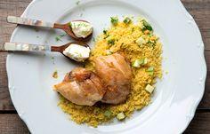 Κοτόπουλο με κους κους και σάλτσα γιαούρτι Grains, Rice, Meat, Chicken, Cooking, Food, Kitchen, Essen, Meals