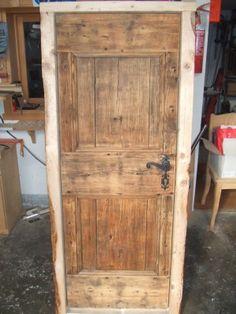 Porta in legno di Castagno spazzolato a poro aperto