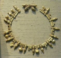A 5th to 4th century BCE Etruscan necklace. This ancient Etruscan object is now displayed at the University of Pennsylvania Museum of Archaeology and Anthropology.