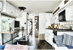 Life on the road in a compact motorhome – IKEA Best Home Interior Design, Interior Decorating, Mobiles, Desk Areas, Tiny House On Wheels, Ikea Kitchen, Kitchen Ideas, Rv Living, Tiny Living