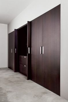 wardrobe designs for master bedroom indian Wardrobe Door Designs, Wardrobe Design Bedroom, Bedroom Furniture Design, Wardrobe Doors, Wardrobe Closet, Closet Designs, Closet Bedroom, Home Decor Furniture, Master Bedroom