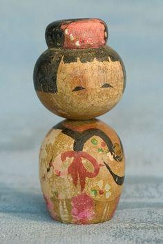 Kokeshi Japanese Wooden Doll - Tiny Naruko Style Ningyo by softypapa on Flickr.