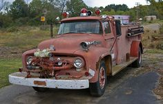 Old fire truck at Pickles Gap