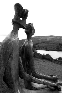 Henry Moore- 'King and Queen'1952-53.