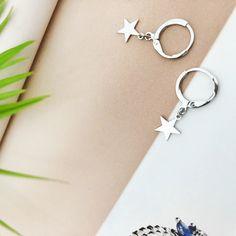 Modne kolczyki gwiazdki w kolorze srebrnym Personalized Items, Metal, Bracelets, Jewelry, Fashion, Moda, Jewlery, Jewerly, Fashion Styles