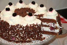 Recept Schwarzwalder kersentaart Cupcake Images, High Tea, Tiramisu, Cupcakes, Sweet Tooth, Deserts, Pie, Sweets, Cookies
