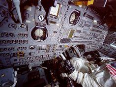 Apollo Command Module, Interior (Cockpit)