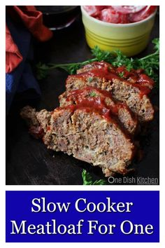 Easy Crockpot Meatloaf Recipe - Single Serving - One Dish Kitchen Crockpot Recipes For Two, Mug Recipes, Crockpot Dishes, Slow Cooker Recipes, Beef Recipes, Recipies, Cooking Recipes, Easy Meals For One, Healthy Meals For One