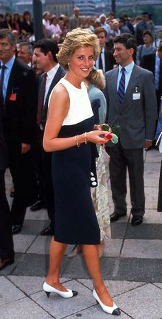 May 10, 1990:  Princess Diana on a walkabout during her visit to Budapest, Hungary.