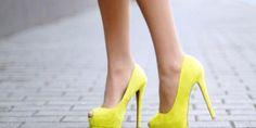 Sei bassa e magrolina? Le #scarpe con il tacco sono indispensabili per slanciare la tua figura! #fashion #trips
