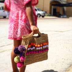 Crocheted raffia beach bag. Made by @micacrochet