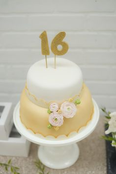 A Very Sweet 16 Birthday Party Cake