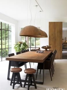 35 Spectacular Dining Table Design Ideas You Must Have - Esszimmer dekoration Dinning Table Design, Wooden Dining Tables, Modern Dinning Table, Elegant Dining, Industrial Dining Rooms, Wood Dinning Room Table, Modern Dining Rooms, Dining Area, Modern Extendable Dining Table