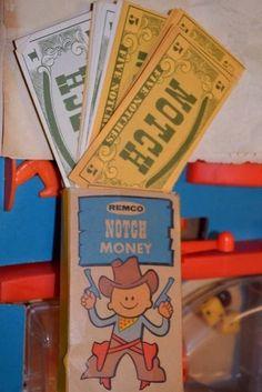 Remco Notch a tumblebum dice game | BoardGameGeek