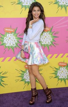 Spring Fashion Trends: Look Fabulous In Floral. Teen actress Zendaya Coleman in an Alice + Olivia floral skirt.