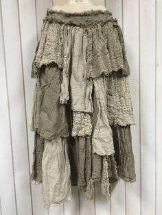 Authentic Vintage Magnolia Pearl Mixed Linen Juniper Pearl Skirt In Sassafras #MagnoliaPearl #PeasantBoho