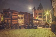 Stay in Captain Sabretooth´s pirate hotel in Abra Havn near the Kristiansand Zoo in Southern Norway. Here you can live like a real pirate. Book your experience here at www.dyreparken.no