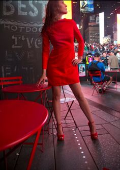 The Ohara dress in embossed red. Embossed Fabric, Little Red Dress, Fall Winter, Autumn, Work Looks, Dress Cuts, Skyscraper, Street Wear, Model