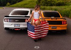 I cannot waitttt to be in Florida again! Where is your favorite place to travel? I LOVE the beach 🥰 . Mustang Girl, Ford Mustang, Trucks And Girls, Car Girls, Sexy Cars, Hot Cars, Sexy Autos, Hot Rides, Biker Girl