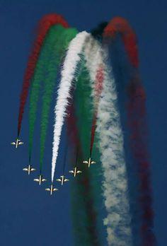 Visit Dubai, Dubai Uae, Compare Flights, Avion Planes, Dubai Holidays, Sky Art, Sharjah, Air Show, United Arab Emirates