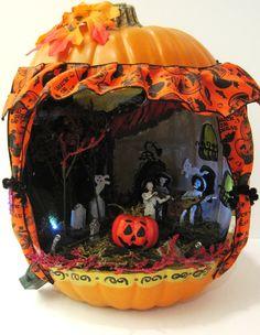 This calabaza (pumpkin!) is perfect for celebrating Dia de los Muertos!