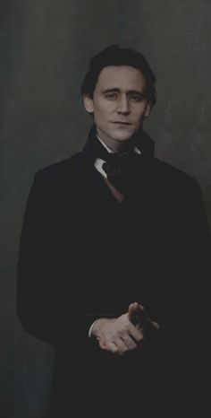 hellyeah-tomhiddleston:    dude-chill-out:    Old fashioned    Beautiful
