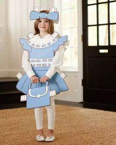 Fantasia de papelão: boneca de papel
